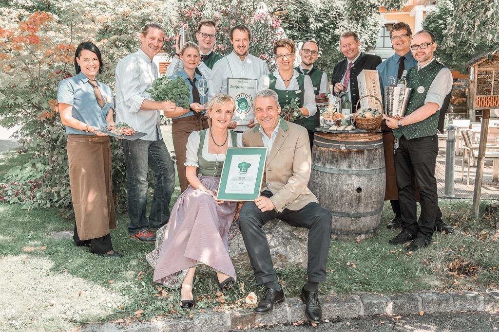 Gruppenfoto 25 Jahre Grüne Haube Auszeichnung im Biohotel Retter