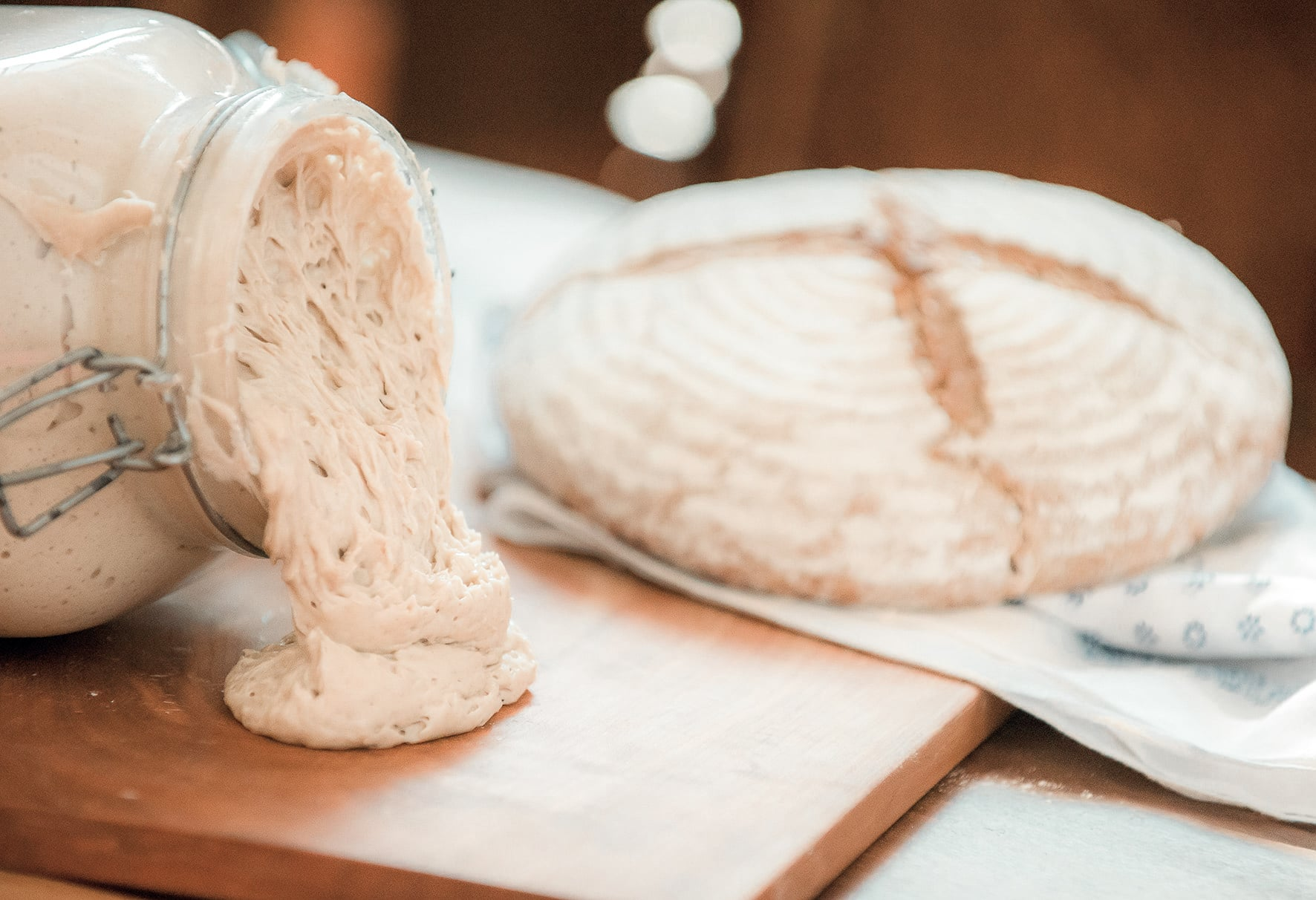 Bio-Brotteig für frisches Brot aus dem Retter BioGut