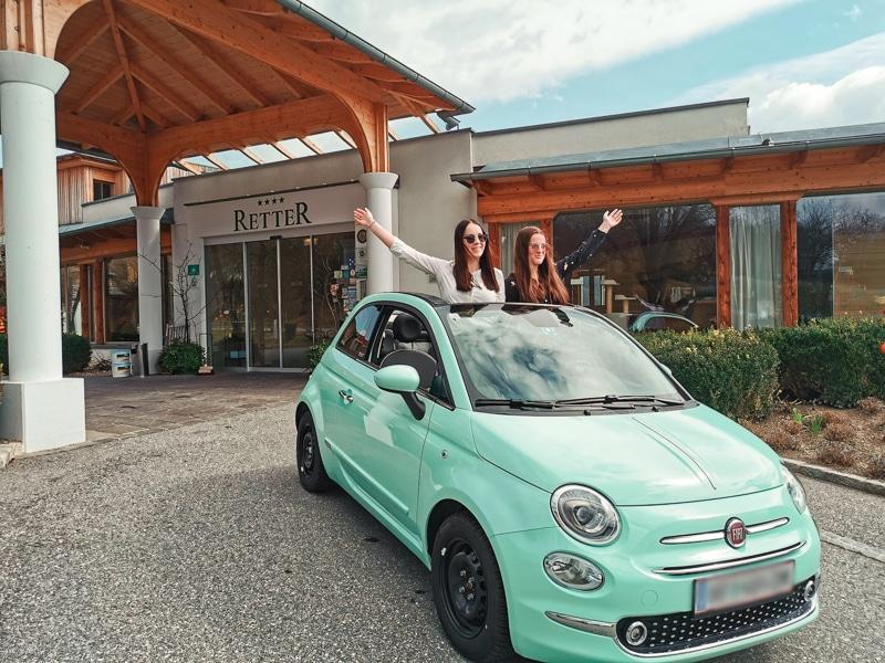 Romantische Ausfahrt mit dem Fiat 500 E-Cabrio und Picknickkorb in die Oststeiermark, Retter Bio-Natur-Resort.