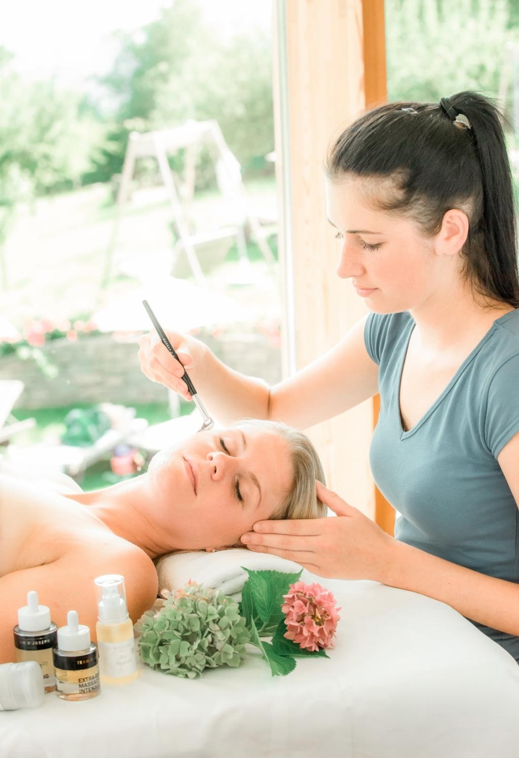 Gesichtsbehandlung im Wellnesshotel Retter