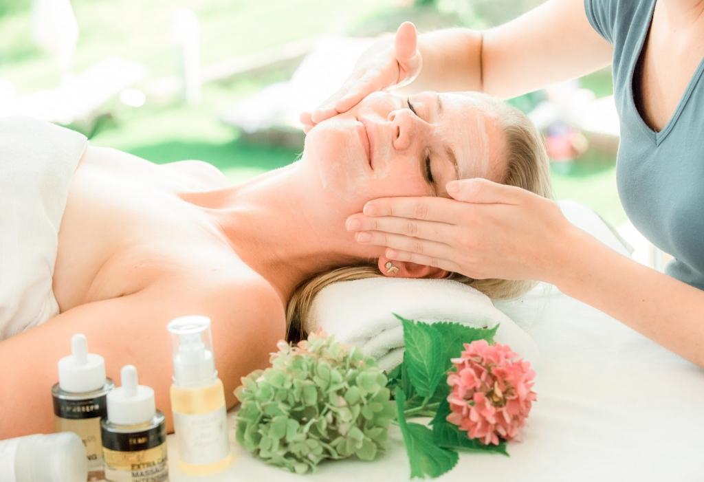 Kosmetikbehandlung im Wellnesshotel Retter