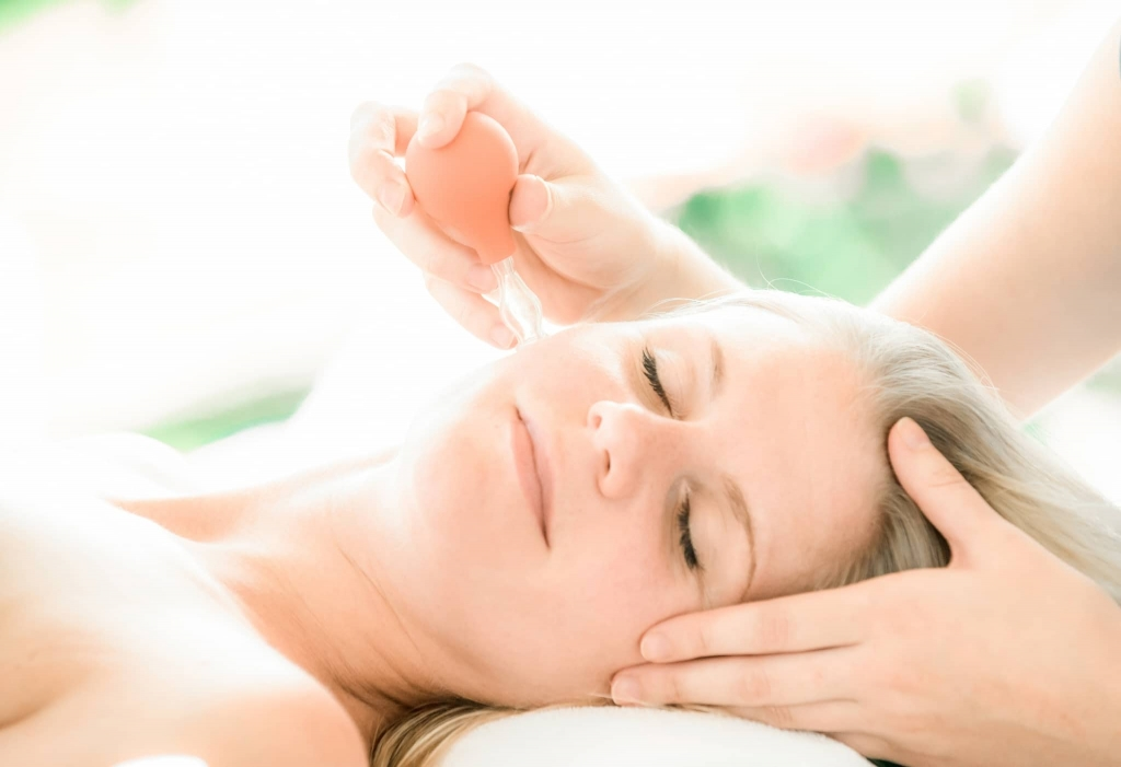 Kosmetik, Bio-Kosmetik, Gesichtsbehandlung, Wellness, Entspannung