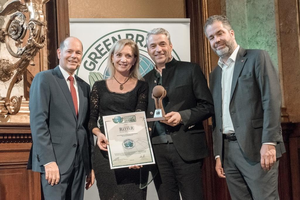 Ulli und Hermann Retter freuen sich über die Verleihung von dem Green Brands Award 2018