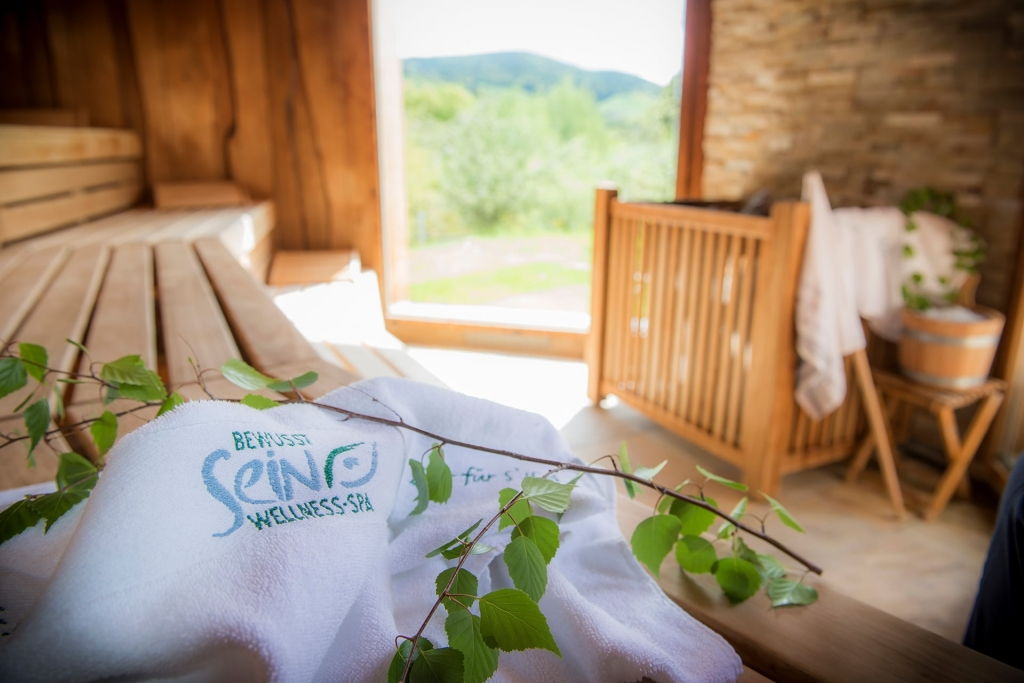 Sauna mit Handtuch im Wellnesshotel Retter