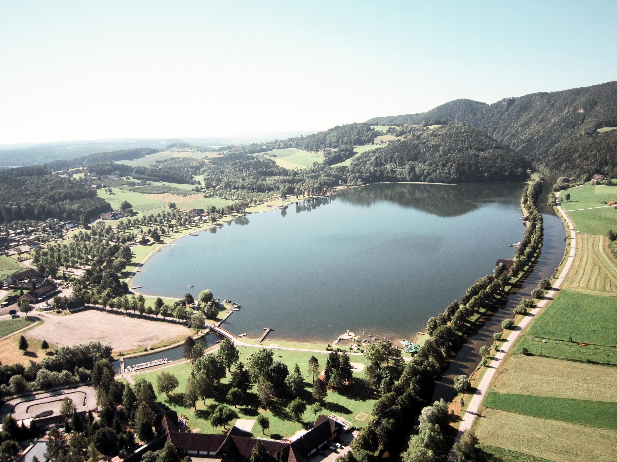 Luftbild vom Stubenbergsee Ausflugsziel vom Biohotel Retter