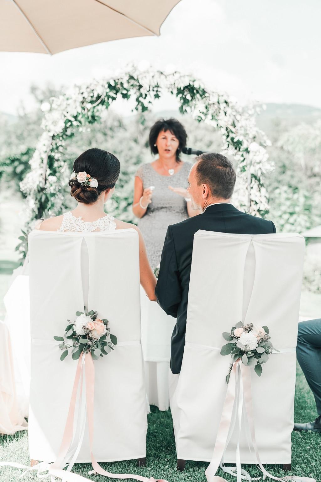 Hochzeit Trauung im Garten