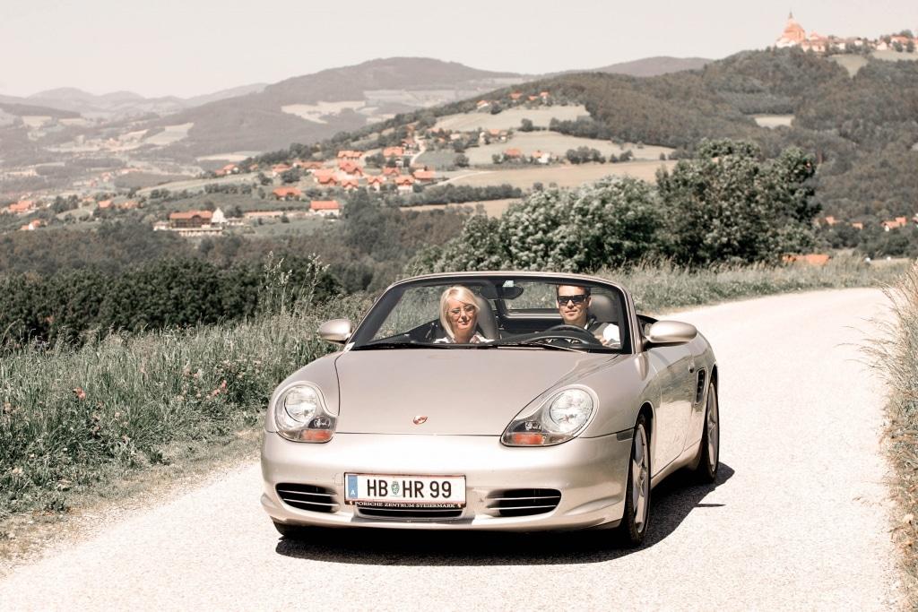 Ausfahrt mit Cabrio oder Oldtimer in der Oststeiermark.